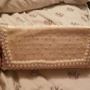Fortune Bags - Vintage Fortune beaded clutch
